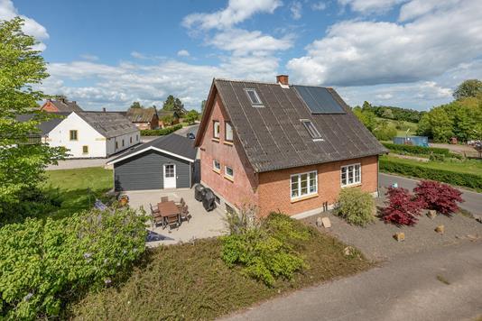 Villa på Dalene i Otterup - Ejendommen