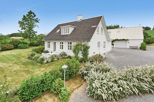 Villa på Skovgyden i Millinge - Mastefoto