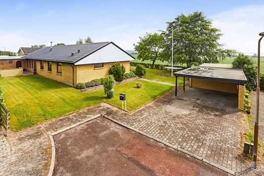 Villa på Broholmvej i Broby - Mastefoto