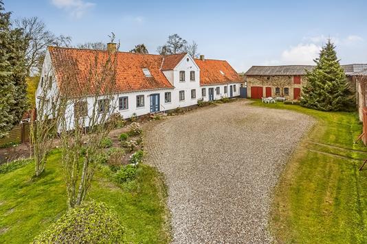Villa på Overlundsvej i Broby - Mastefoto