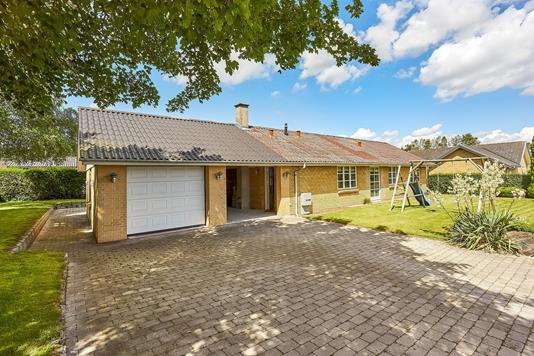 Villa på Ryttervej i Millinge - Mastefoto