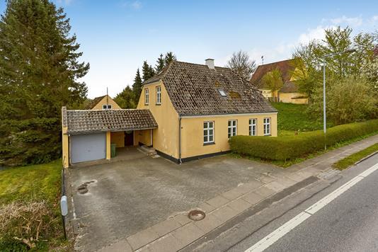 Villa på Reventlowsvej i Faaborg - Mastefoto