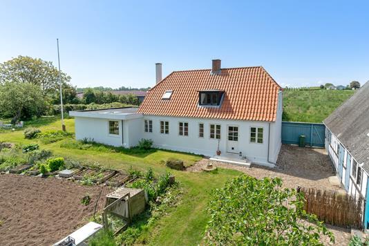 Villa på Bjerne Langgyde i Faaborg - Set fra haven