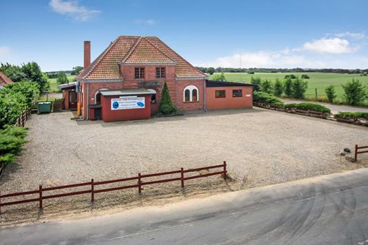 Villa på Østergade i Broby - Ejendommen