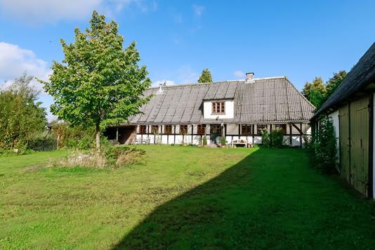 Villa på Ørbækvej i Gislev - Ejendommen