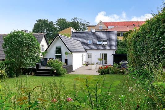 Villa på Søvej i Ringe - Ejendommen