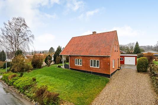 Villa på Aavej i Ryslinge - Ejendommen