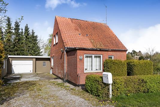 Villa på Lørupvej i Ringe - Ejendommen