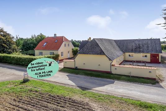 Landejendom på Lillemarksvej i Ringe - Mastefoto