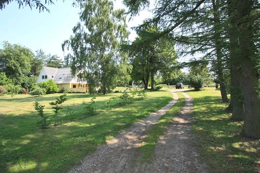 Villa på Skovjorden i Broby - Ejendommen