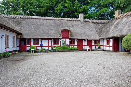 Villa på Overvejen i Årslev - Ejendommen
