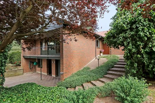 Villa på Laurbærvænget i Kværndrup - Ejendommen