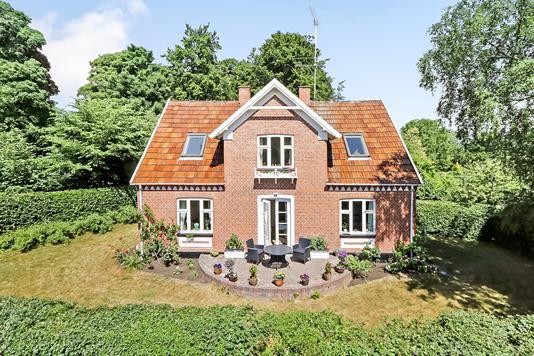 Villa på Kirkevej i Kværndrup - Ejendommen