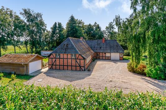 Villa på Skæretvej i Ryslinge - Ejendommen