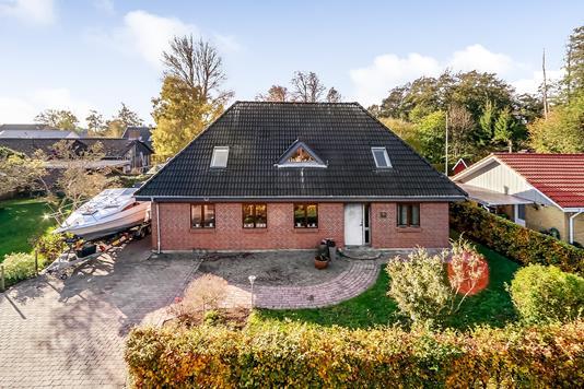Villa på Spanget i Årslev - Ejendommen