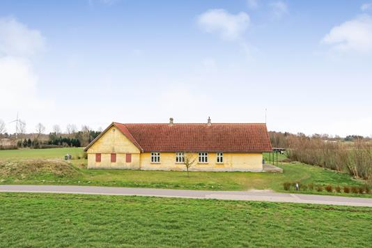 Villa på Mørkhøjvej i Årslev - Ejendommen