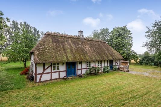Villa på Hudevad Byvej i Årslev - Ejendommen