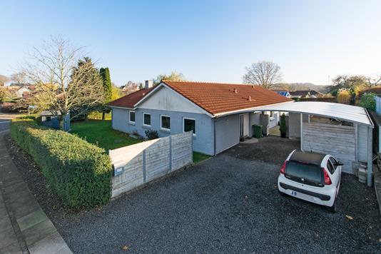 Villa på Dybendal i Ringe - Ejendommen