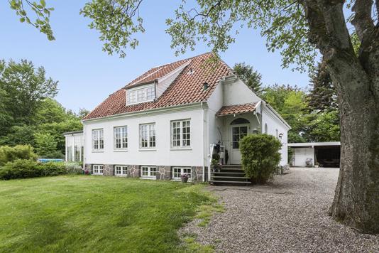 Villa på Freltoftevej i Årslev - Ejendommen