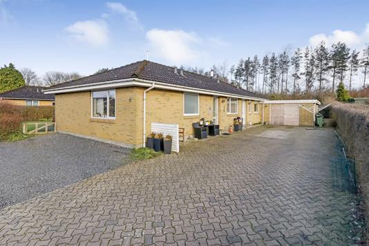 Villa på Muskatvænget i Kværndrup - Ejendommen