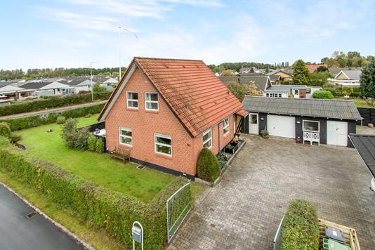 Villa på Bullerupvej i Odense NØ - Ejendommen