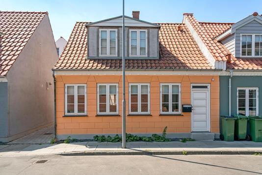 Rækkehus på Langegade i Odense C - Ejendommen