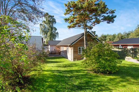 Villa på Ejby Kirkevej i Odense SØ - Ejendommen