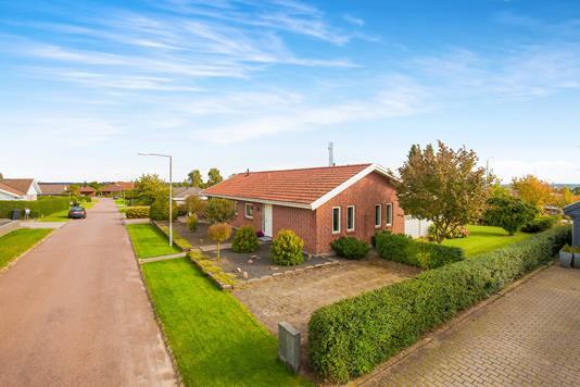Villa på Bakkegårdsvej i Munkebo - Ejendommen