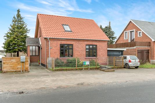 Villa på Skibhusvej i Odense C - Ejendommen