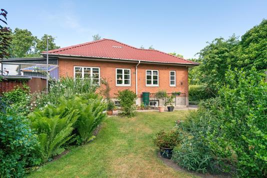 Villa på Toftevej i Odense SØ - Ejendommen