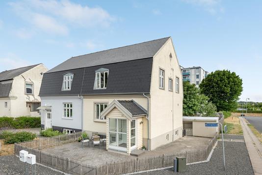 Villa på Skovmærkevej i Odense SØ - Ejendommen