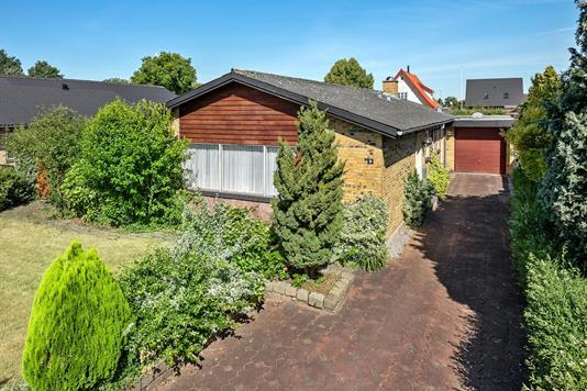 Villa på Hyldegårdsvej i Odense NØ - Ejendommen