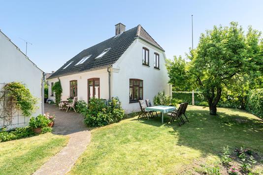 Villa på Vandmøllevej i Odense SØ - Ejendommen