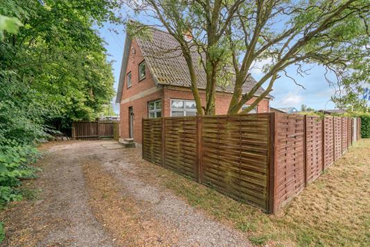 Villa på Herluf Trolles Vej i Odense SØ - Ejendommen