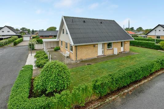 Villa på Krogsløkkeparken i Odense NØ - Ejendommen