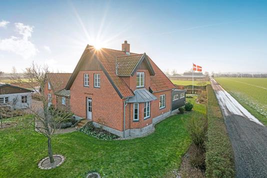 Villa på Rågelundvej i Odense NØ - Ejendommen