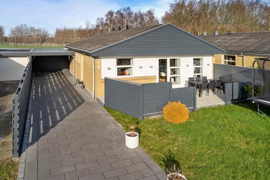 Villa på Bækholmen i Odense NØ - Ejendommen