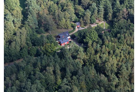 Villa på Svostrupvej i Gjern - Luftfoto