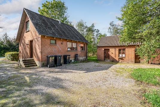 Villa på Bøgedal i Ans By - Ejendommen