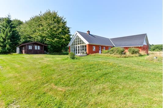 Villa på Hørbylundevej i Engesvang - Ejendommen
