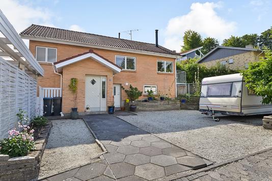 Villa på Thorsøskrænten i Silkeborg - Ejendommen