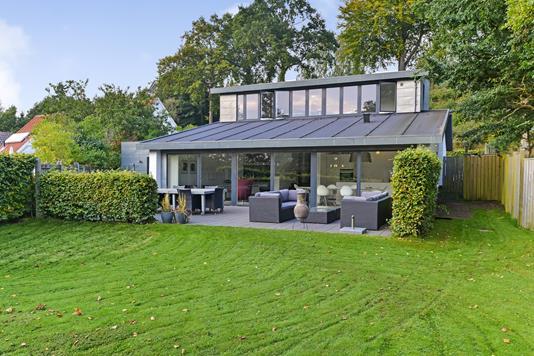 Villa på Sejs Søvej i Silkeborg - Ejendommen