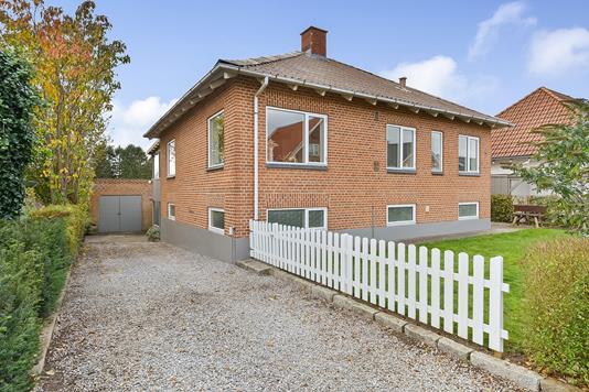 Villa på Elme Allé i Silkeborg - Ejendommen