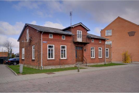 Villa på Skolegade i Skærbæk - Ejendommen