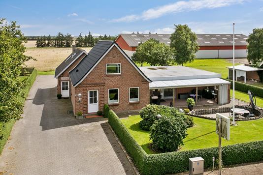 Villa på Landevejen i Skærbæk - Ejendommen