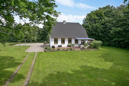 Villa på Gyvelvej i Skærbæk - Set fra haven