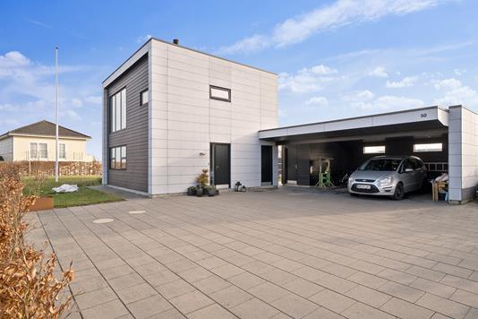 Villa på Blåhøjtoften i Viby J - Set fra vejen
