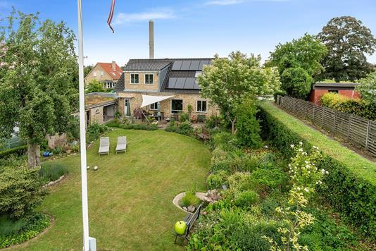 Villa på Kildevangs Allé i Viby J - Set fra haven