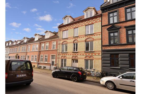 Ejerlejlighed på Absalonsgade i Aarhus C - Ejendommen
