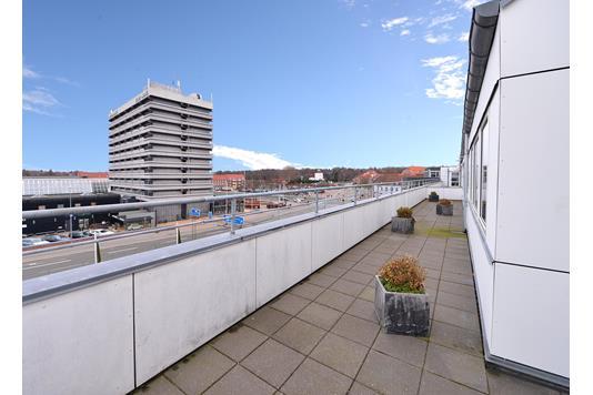 Ejerlejlighed på Viby Ringvej i Viby J - Altan